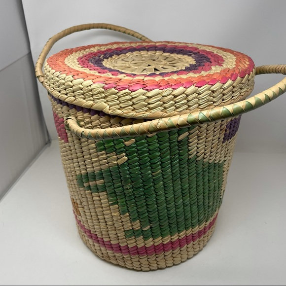 """Hand Woven Native American Basket Braided Lid 14"""""""